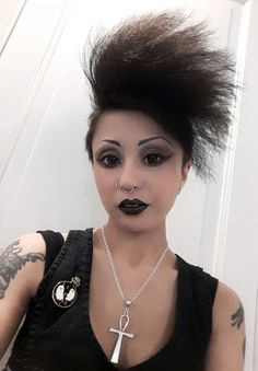 Caroline Sometimes: Party Look & More Fun Stuff    #goth #gothgirl #gothicbeauty