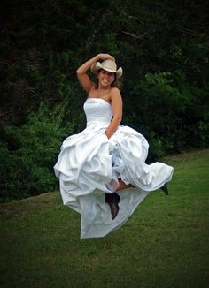 Every cowgirl bride has to show off her boots!