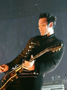 Love. Richard Kruspe #Rammstein | ***Did you know that Pinterest is.... click to read more  http://pinterest.com.br.ms