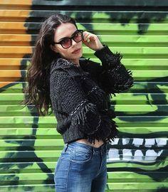 Özgü Kaya The Science Of Deduction, Bad Temper, Turkish Women Beautiful, Best Photo Poses, Photo Quotes, Zendaya, Sherlock Holmes, Cool Photos, Ruffle Blouse