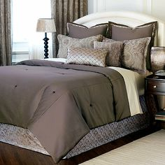 Galbraith Comforter comes in super king