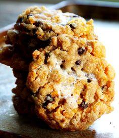 Momofuku-Style Gluten Free Cornflake Chocolate Chip Marshmallow Cookies