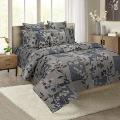 Order Cotton Bed Sheets Online from WoodenStreet at best prices#fittedbedsheets #fittedsheets #queensizefittedsheets #cottonfittedbedsheets #fittedbedsheetsonline #singlebedfittedsheets King Size Bed Sheets, Fitted Bed Sheets, Bed Sheet Sets, Bed Sheets Online, Bedding Sets Online, Best Linen Sheets, Pillow Covers Online, Luxury Bedding, Luxury Linens