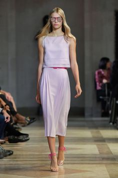 A look from Carolina Herrera's spring 2016 collection. Photo: Imaxtree.