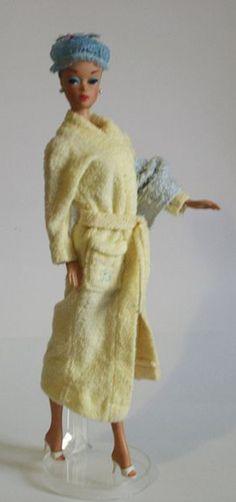 Vintage Barbie fashion Queen in her Bathrobe