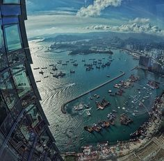 Stunning view at Ritz Carlton Hong Kong. Amazing photo by ( check out her gallery for more wonderful photos ( by warrenjc Best Family Vacation Spots, Best Vacations, Holiday Appitizers, Travel Baby Showers, Earth View, Voyager Loin, Destinations, Destination Voyage, Nature Images