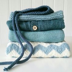Knitted toddler clothes Toddler Outfits, Accessories, Clothes, Fashion, Dots, Bebe, Outfits, Moda, Clothing