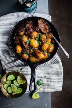Bengali Aloo Dum (Spiced Baby Potatoes) is a hearty breakfast perfect for weekend and festive season. Indian Food Recipes, Asian Recipes, Beef Recipes, Vegetarian Recipes, Cooking Recipes, Healthy Recipes, Indian Snacks, Savoury Recipes, Cooking Food