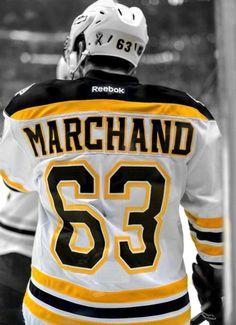 Boston Bruins Hockey, Blackhawks Hockey, Hockey Teams, Hockey Players, Chicago Blackhawks, Boston Bruins Players, Flyers Hockey, Sports Teams, Soccer