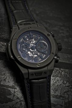 Hublot Big Bang Unico All Black Boutique Exclusive Timepieces All Black Watches, Fine Watches, Luxury Watches For Men, Sport Watches, Amazing Watches, Cool Watches, Wrist Watches, Hublot Classic Fusion, Rolex