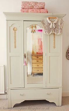 The Villa on Mount Pleasant, vintage shabby chic wardrobe