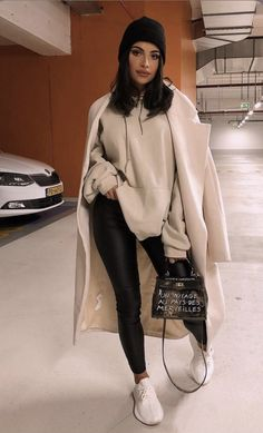 23 Winter Street Style Outfits To Keep You Stylish and Warm Winter Outfits For Teen Girls, Preppy Summer Outfits, Chic Winter Outfits, Winter Outfits Women, Winter Fashion Outfits, Cute Casual Outfits, Look Fashion, Spring Outfits, Autumn Fashion
