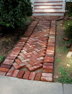 15 DIY Garden Path Ideas for Backyard and Front yard - GODIYGO.COM - Take some inspiration from these DIY garden path ideas to make it by yourself. Outdoor Walkway, Backyard Patio, Backyard Ideas, Diy Patio, Paver Walkway, Pergola Ideas, Backyard Privacy, Pergola Kits, Ideas Para Decorar Jardines