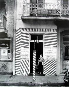 WALKER EVANS - Barber Shop, New Orleans, 1935