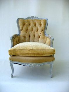 Yellow French bergere chair por FabulousPieces en Etsy. Would change the color of upholstery