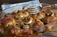 Kurczak pieczony to bardzo łatwe, zupełnie niekłopotliwe, a przepyszne danie na obiad czy kolację. Mięso jest mięciutkie, delikatne i smakuj...