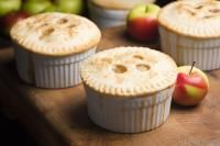 Luxury Airfryer Mini Apple Pie on MyRecipeMagic.com These adorable little pies are made with apple and make a great snack for school or work.