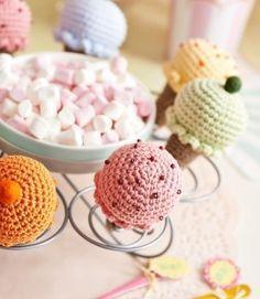 Crocheted ice creams by Lynne Rowe - free pattern