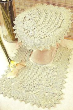 crochet set to the bathroom
