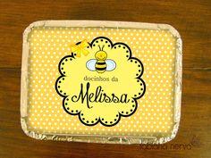 festa Abelhinha Mais uma festa feita para a pequena Melissa. A mamãe Líbia adooooora caprichar nos eventos da filha. Como sempre fi... Lunch Box, Honey, Birthday, Party, Alice, Bee Party, Bees, Invitations, Events