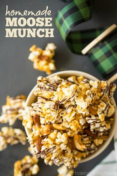 Homemade Moose Munch: Light, crisp butter toffee caramel popcorn with almonds an.- Homemade Moose Munch: Light, crisp butter toffee caramel popcorn with almonds an… Homemade Moose Munch: Light, crisp butter toffee caramel… - Moose Munch Popcorn Recipe, Popcorn Recipes, Best Dessert Recipes, Fun Desserts, Appetizer Recipes, Holiday Recipes, Snack Recipes, Appetizers, Moose Crunch Recipe
