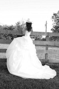 3983049156b9 Maggie Sottero White Organza Overlay Wedding Dress Size 2 (XS) 37% off  retail. Tradesy