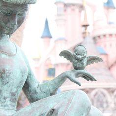 i love disneyland paris Arte Disney, Disney Magic, Disney Pixar, Park Pictures, Disney Fanatic, Disney World Parks, Disney Aesthetic, Paris Photography, Disney Springs