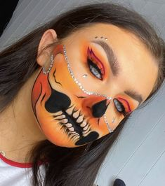 Scar Makeup, Face Paint Makeup, Eye Makeup Art, Skull Makeup, Eye Art, Edgy Makeup, Crazy Makeup, Halloween Makeup Hacks, Ghost Makeup