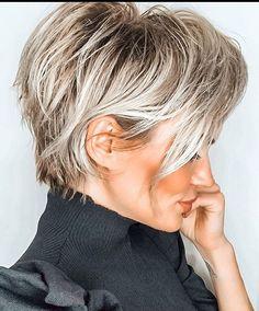 Short Blonde Haircuts, Short Hairstyles For Women, Haircut Short, Pixie Haircut Thin Hair, Diy Hairstyles, Latest Hairstyles, Blonde Pixie Hairstyles, Short Choppy Layered Haircuts, Little Girl Short Haircuts