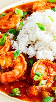 Shrimp Creole Recipe : A tasty Creole style dish with shrimp in a thick and tomato based sauce with onions, celery and bell pepper along with some spicy hot sauce that is typically served over rice. Cheesy Recipes, Cajun Recipes, Seafood Recipes, Soup Recipes, Cooking Recipes, Creole Cooking, Cajun Cooking, Shrimp Creole, Gastronomia