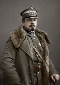 Jozef Haller von Hallenburg Colourized by on DeviantArt Ww1 History, Poland History, Military History, Russian Revolution 1917, Army Uniform, Second World, Vintage Photographs, Historical Photos, Wwii