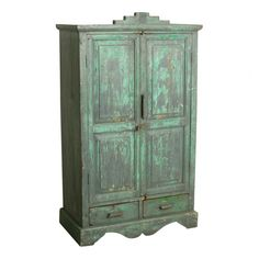 Grey & green cabinet - We travel through India to find to most beautiful and unique cabinets. Without losing the story of their past we fix the cabinets where necessary, while keeping them as original as possible. Our mission is to pass them on to a new home where they will be appreciated for many years to come.