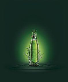 Carlsberg Profile Bottle Splash Gradient Water.