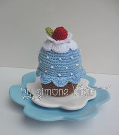 Crochet Cake, Crochet Food, Cute Crochet, Crochet For Kids, Soft Play, Cupcakes, Play Food, Cupcake Party, Amigurumi Doll