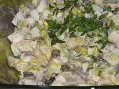 Ananasowe śledzie Appetizer Salads, Appetizers, Seafood Salad, Potato Salad, Curry, Fish, Chicken, Cooking, Ethnic Recipes