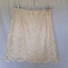 Lace Mini Skirt Forever21 Off-white lace overlay mini skirt Forever 21 Skirts Mini