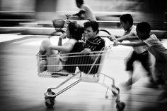 Motion photography by Italian photographer Massimiliano Sarno. He captures ordinary street life with in motion subjects. #photography #motionphotography
