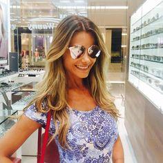 Assim não vale @karinaflores ... Você fica ᏞᏆNᎠᎪ com todos os óculos!! ᎪᎷᎪᎷᎾᏚ a escolha!!  #clientewanny #dior #reflected #rose #pantone #jkiguatemi