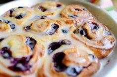 Blueberry Lemon Sweet Rolls | The Pioneer Woman Cooks | Ree Drummond    Mmmm!!!