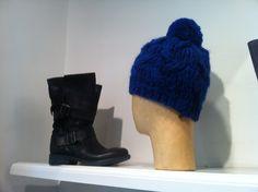 Stivaletti alti #Lea gu & berretto lana cobalto
