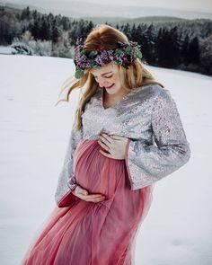 Schwangerschaftsfotos im Winter | pregnant pics Winter