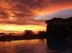 Have you ever seen a beautiful sunset like this?? Only in JW Marriott Guanacaste Resort & Spa Costa Rica #travel #destinations @JWCostarica