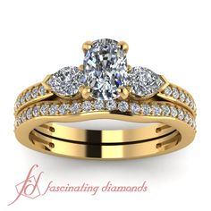 Oval,Marquise & Round Shaped Diamonds 14K Yellow Gold Wedding Ring Set in Pave Setting || Luminous Fern Set