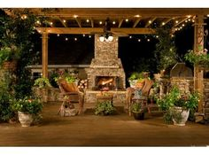 great outdoor space, love the lights