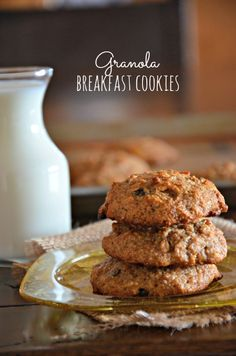 Granola Breakfast Cookies - healthy, gluten-free & low FODMAPmaking an exception only for bacon. In college I used to steal my roommates low fat cookies. Which very well might have been more so a case of the munchies and lack