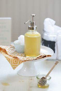 A DIY homemade honey face wash that's natural and effective for cleansing the skin. This easy face wash only requires four ingredients (and two seconds of time)--castile soap, honey, water, and a nourishing oil!