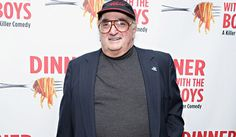 "John ""Cha Cha"" Ciarcia, who played mobster Albie Cianflone on HBO's The Sopranos, has died. He was 75. His family said that Ciarcia died November 21 at NYU Langone Medical Center following a brief illness. Ciarcio also was a producer, celebrity manager, boxing promoter (for Tony Danza and others), radio host and owner of Little Italy's popular…"