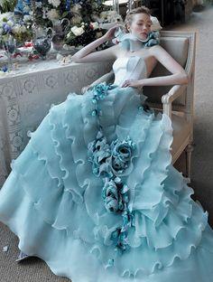 Wild wedding dress: frosting-a-riffic blue ruffles! (Photographer: unknown)
