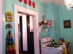 Adorable turquoise kitchen