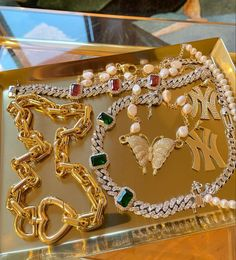 Golden Child, Material Girls, Jewlery, Bling, Detail, Makeup Ideas, Projects To Try, Jewel, Jewerly